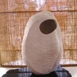 Michiko Aoki Capullo tímido piedra de Huamanha 48 x 30 x 18 cm 150x150 - Diciembre: Colectiva de pintura, escultura y dibujo